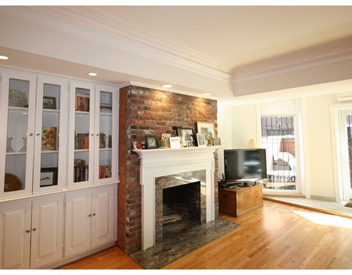 独户住宅 为 出租 在 388 Marlborough Street 波士顿, 马萨诸塞州 02115 美国