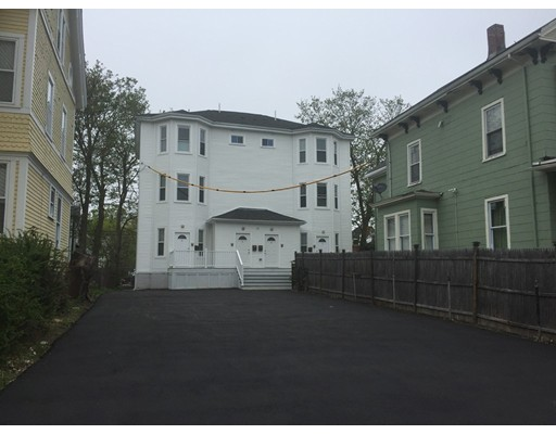 Additional photo for property listing at 19 Perrin Street  Boston, Massachusetts 02119 Estados Unidos