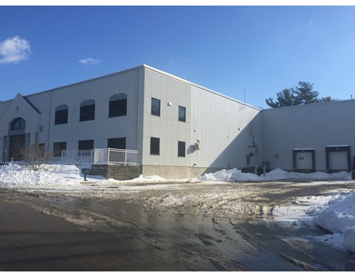 Commercial للـ Sale في 200 Kenneth Welch Drive 200 Kenneth Welch Drive Lakeville, Massachusetts 02347 United States