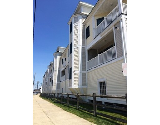 Condominium for Rent at 11 Railroad Ave #A7 11 Railroad Ave #A7 Salisbury, Massachusetts 01952 United States