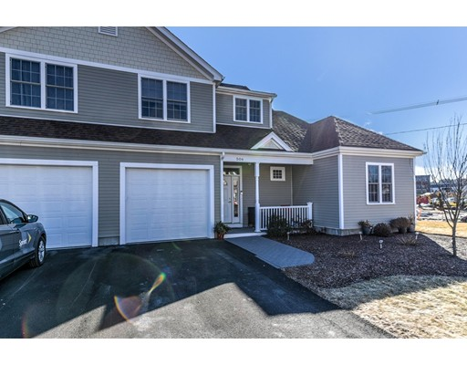 شقة بعمارة للـ Sale في 70 Endicott Street 70 Endicott Street Norwood, Massachusetts 02062 United States