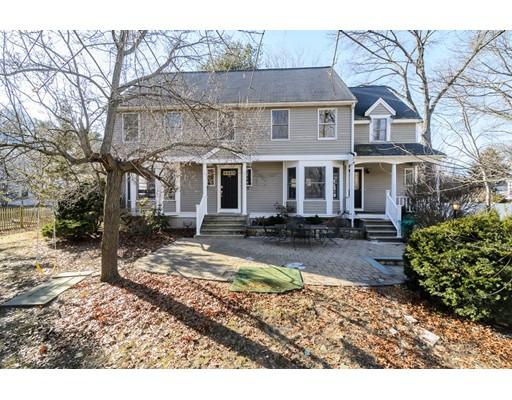 独户住宅 为 销售 在 94 Rice Street 94 Rice Street 韦尔茨利, 马萨诸塞州 02482 美国