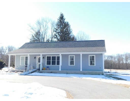 Single Family Home for Sale at 152 Ferry Street 152 Ferry Street South Hadley, Massachusetts 01075 United States