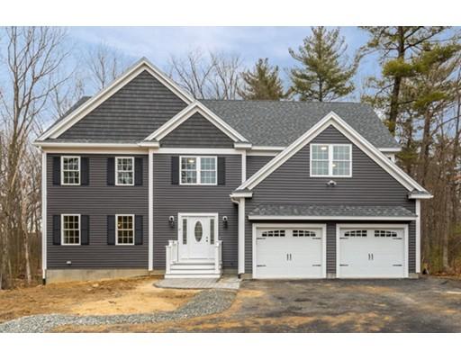Casa Unifamiliar por un Venta en 57 Ashwood Avenue 57 Ashwood Avenue Wilmington, Massachusetts 01887 Estados Unidos