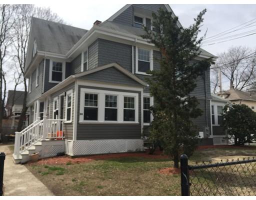 Casa Unifamiliar por un Alquiler en 28 Holton Street Boston, Massachusetts 02134 Estados Unidos
