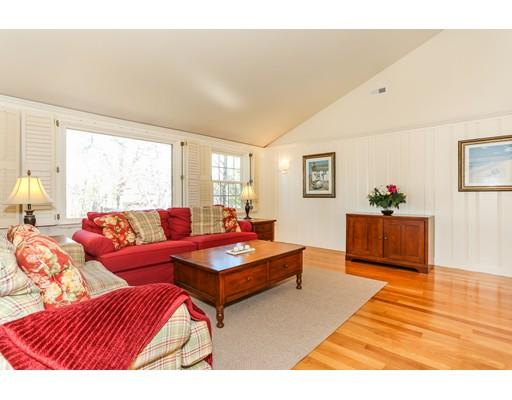 10 Woodland Rd, Harwich, MA, 02646