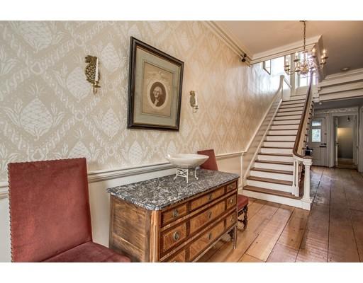 Частный односемейный дом для того Продажа на 186 High Street 186 High Street Newburyport, Массачусетс 01950 Соединенные Штаты