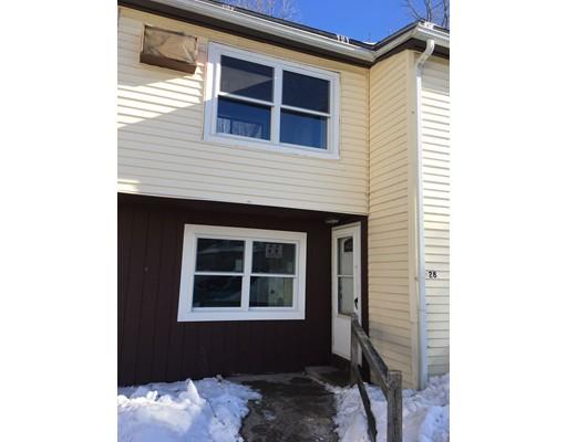 共管式独立产权公寓 为 出租 在 28 Adams Ct #28 28 Adams Ct #28 Amesbury, 马萨诸塞州 01913 美国