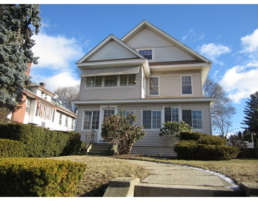 独户住宅 为 出租 在 35 Burncoat Street 伍斯特, 马萨诸塞州 01606 美国
