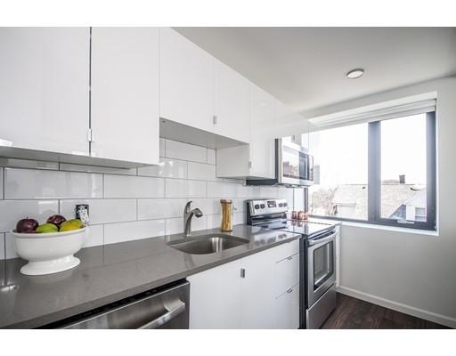 独户住宅 为 出租 在 70 Parker Hill Avenue 波士顿, 马萨诸塞州 02120 美国