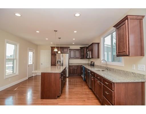 Casa Unifamiliar por un Venta en 313 Main Street 313 Main Street Fremont, Nueva Hampshire 03044 Estados Unidos