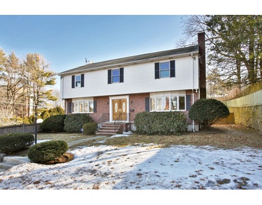 Single Family Home for Rent at 6 Samoset Road Newton, 02468 United States