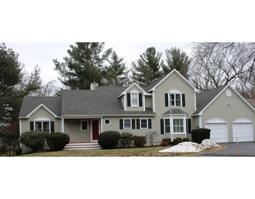 Single Family Home for Sale at 5 Woronoco Drive 5 Woronoco Drive Natick, Massachusetts 01760 United States