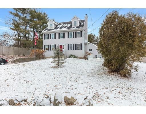 Single Family Home for Sale at 465 Grove Street 465 Grove Street Reading, Massachusetts 01867 United States