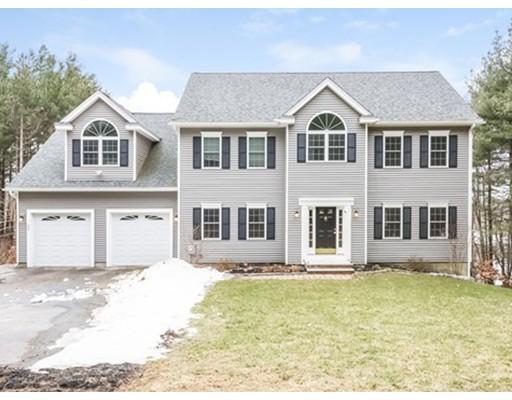 Single Family Home for Sale at 22 Autumn Lane 22 Autumn Lane Bolton, Massachusetts 01740 United States