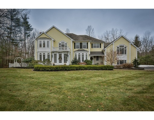 Single Family Home for Sale at 38 Winding Oaks Way 38 Winding Oaks Way Boxford, Massachusetts 01921 United States