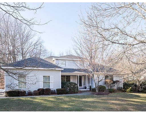 Частный односемейный дом для того Продажа на 14 Briarwood Road 14 Briarwood Road Lincoln, Род-Айленд 02865 Соединенные Штаты