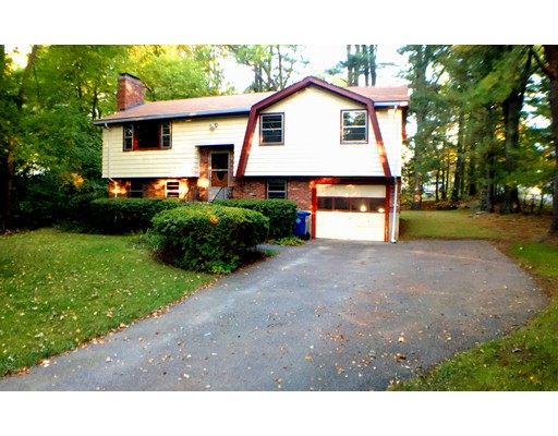 Casa Unifamiliar por un Alquiler en 154 Mill Street 154 Mill Street Burlington, Massachusetts 01803 Estados Unidos