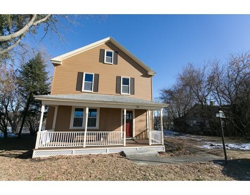 独户住宅 为 销售 在 142 Riverbank Road 142 Riverbank Road Northampton, 马萨诸塞州 01060 美国