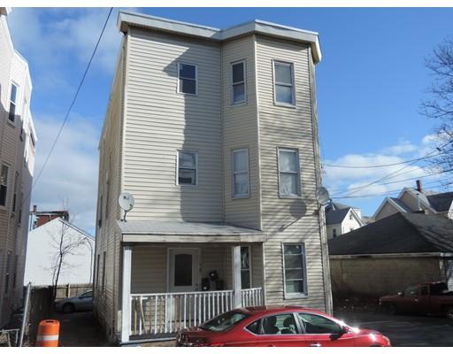 Maison avec plusieurs logements pour l Vente à 78 Wyeth Street 78 Wyeth Street Malden, Massachusetts 02148 États-Unis