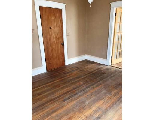 Additional photo for property listing at 18 Seaver Street  Brockton, Massachusetts 02301 Estados Unidos
