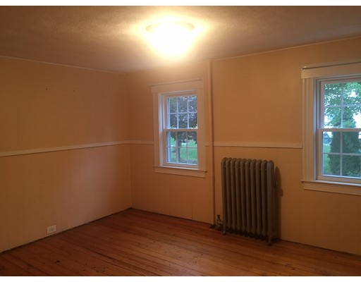 Additional photo for property listing at 161 BEDFORD Road  Woburn, Massachusetts 01801 Estados Unidos