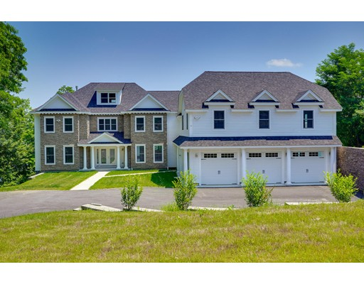 Casa Unifamiliar por un Venta en 5 Pickwicks Circle 5 Pickwicks Circle Worcester, Massachusetts 01605 Estados Unidos
