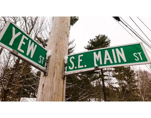 24 SE Main St, Douglas, MA, 01516