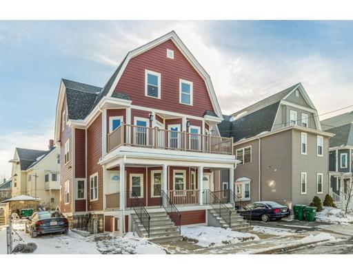 Condominio por un Venta en 18 Princeton Street 18 Princeton Street Medford, Massachusetts 02155 Estados Unidos