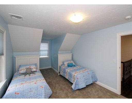 33 Dodson Way, Falmouth, MA, 02536