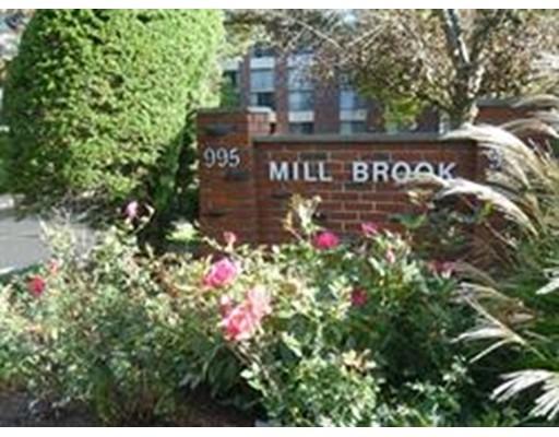 Additional photo for property listing at 995 Massachusetts  Arlington, Massachusetts 02476 United States