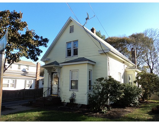 Single Family Home for Sale at 118 Pratt Street 118 Pratt Street Avon, Massachusetts 02322 United States