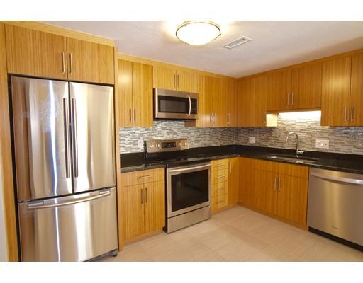 独户住宅 为 出租 在 356 Neponset Street 356 Neponset Street 坎墩, 马萨诸塞州 02021 美国