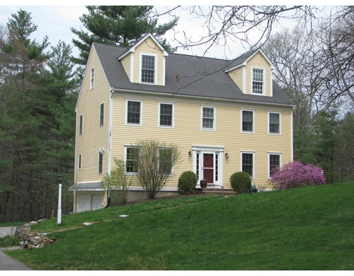 Casa Unifamiliar por un Venta en 49 Wilson Pond Lane Rowley, Massachusetts 01969 Estados Unidos