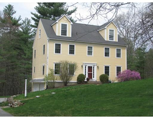 واحد منزل الأسرة للـ Sale في 49 Wilson Pond Lane 49 Wilson Pond Lane Rowley, Massachusetts 01969 United States