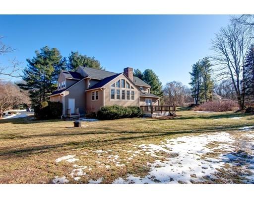 Casa Unifamiliar por un Alquiler en 157 Buckskin Drive 157 Buckskin Drive Wayland, Massachusetts 01778 Estados Unidos