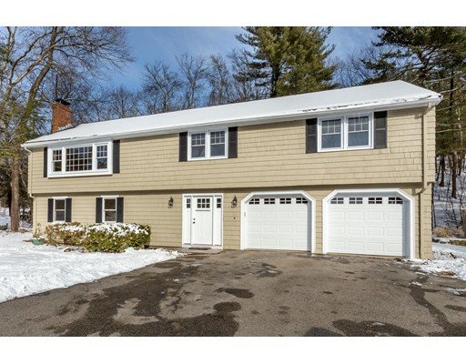 独户住宅 为 销售 在 105 Mill Street 西木区, 02090 美国