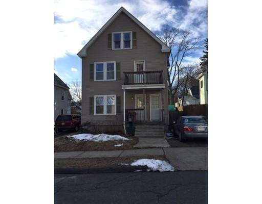 Casa Unifamiliar por un Alquiler en 17 Parker Street 17 Parker Street Holyoke, Massachusetts 01040 Estados Unidos