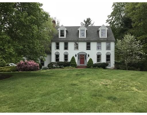独户住宅 为 销售 在 15 Alderwood Drive Easton, 02356 美国
