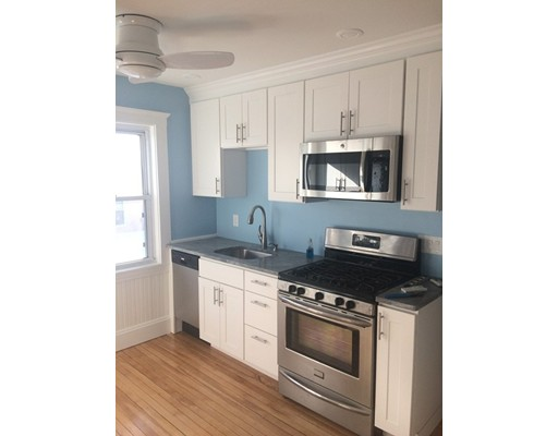 Additional photo for property listing at 11 Woods Avenue  Somerville, Massachusetts 02144 United States