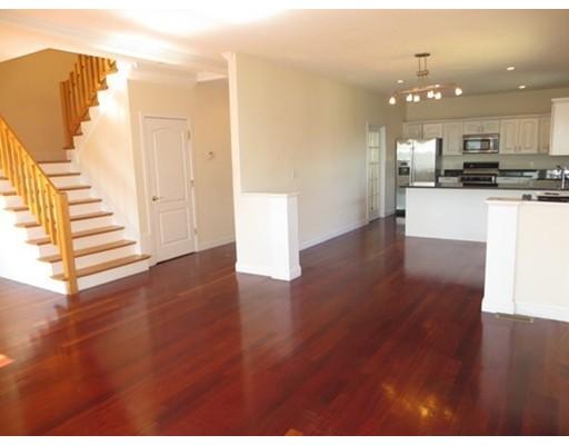 联栋屋 为 出租 在 143 Groves Ave #143 143 Groves Ave #143 温思罗普, 马萨诸塞州 02152 美国