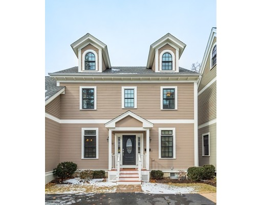 Appartement en copropriété pour l Vente à 87 Waban Park #87 87 Waban Park #87 Newton, Massachusetts 02458 États-Unis