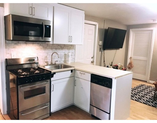 Additional photo for property listing at 166 W 6Th Street  Boston, Massachusetts 02127 United States