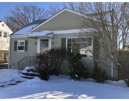Casa Unifamiliar por un Venta en 79 Flint Street 79 Flint Street Pawtucket, Rhode Island 02861 Estados Unidos
