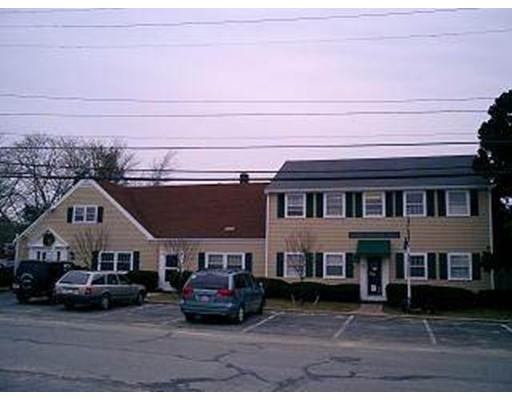 Commerciale per Vendita alle ore 34 Barstow Street 34 Barstow Street Mattapoisett, Massachusetts 02739 Stati Uniti