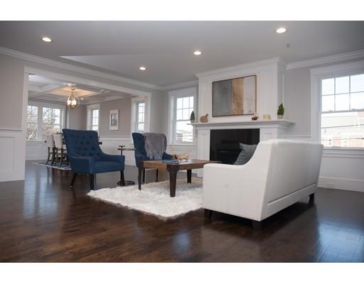 Condominio por un Venta en 72 Central Street 72 Central Street Waltham, Massachusetts 02453 Estados Unidos