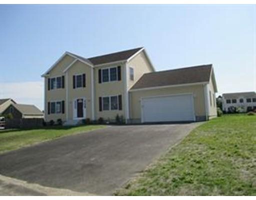 Частный односемейный дом для того Продажа на 55 Sloop Drive 55 Sloop Drive Portsmouth, Род-Айленд 02871 Соединенные Штаты