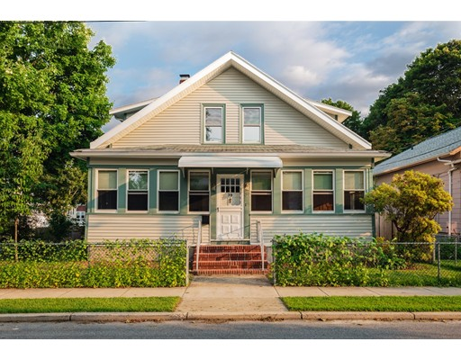 Single Family Home for Sale at 39 Elm Avenue 39 Elm Avenue Fairhaven, Massachusetts 02719 United States