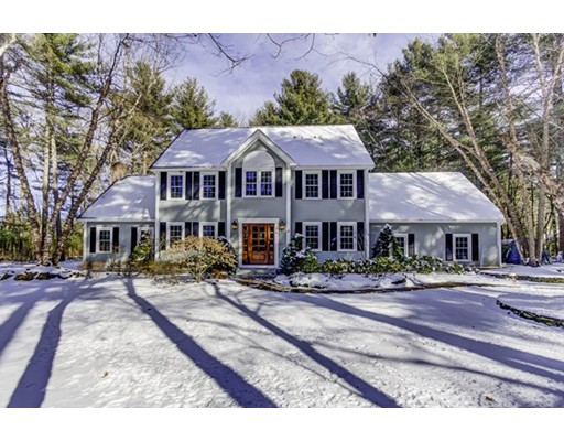 Casa Unifamiliar por un Venta en 6 Green Lane 6 Green Lane Upton, Massachusetts 01568 Estados Unidos