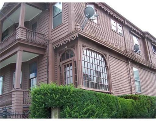 Casa Unifamiliar por un Alquiler en 259 Bank Street Fall River, Massachusetts 02720 Estados Unidos
